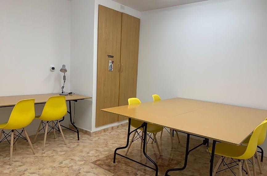 Sala de estudio amplia con wifi máxima velocidad.
